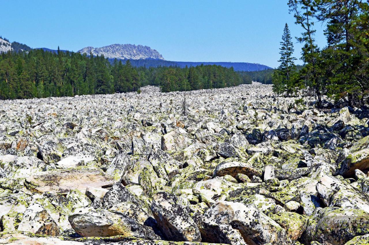 Stone rivers