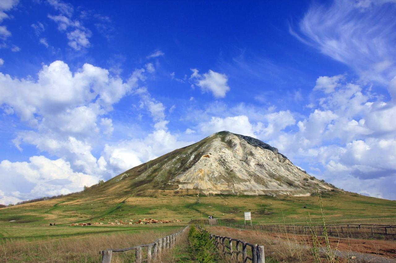 Mountains-Shikhany